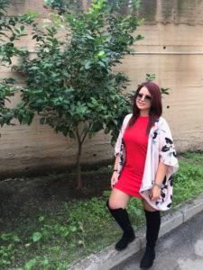 outfit curvy kimono e stivaloni